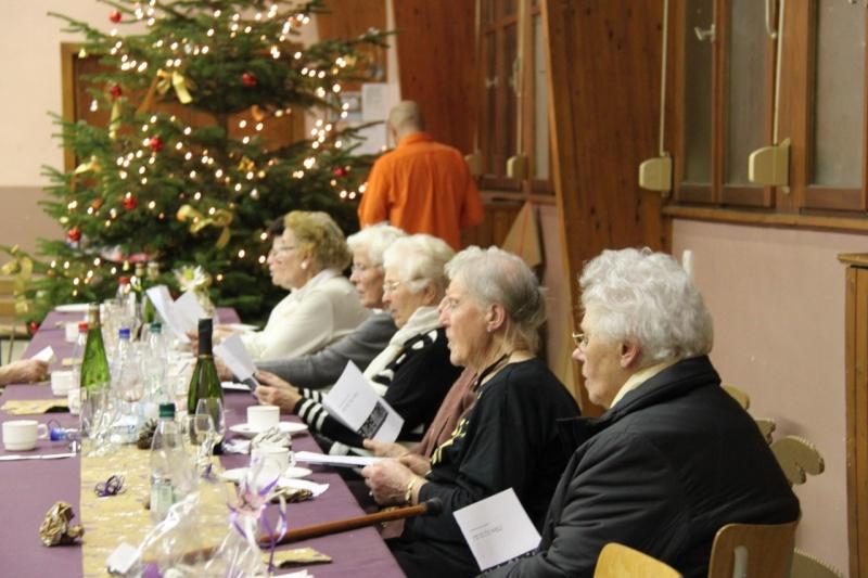 Fête de Noël des aînés de Wangen le dimanche 12 décembre 2010 Img_0917