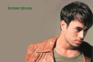 Enrique on HI 5