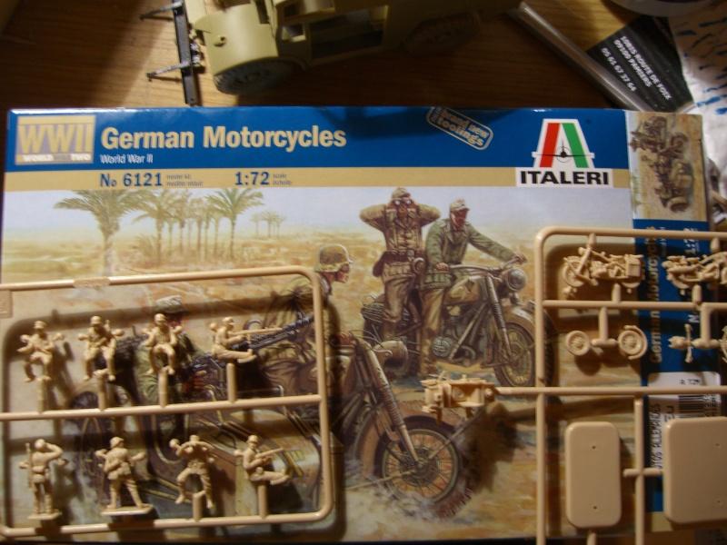 Moto allemande et uniformes normandie Cimg0119