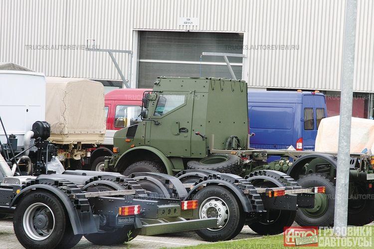 بعض انواع الشاحنات التى تعاقدت عليها الجزائر من شركة  EMPL المانيا  U3000-10