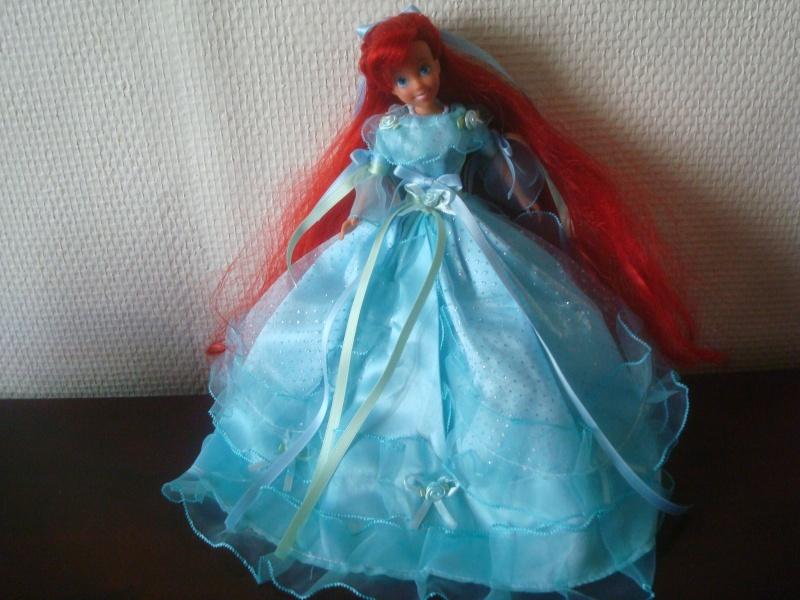 Ma collection des poupées des films de DISNEY - Page 2 Dsc03434