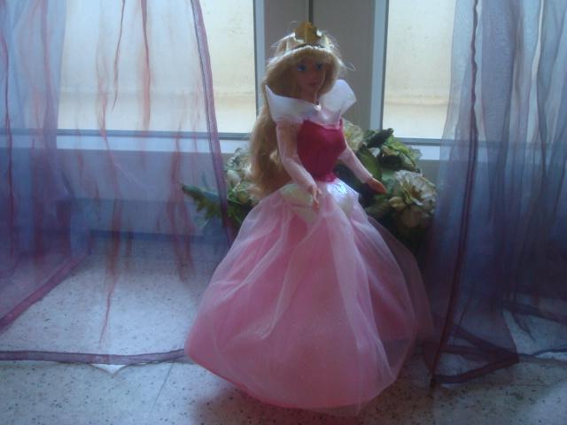 Ma collection des poupées des films de DISNEY - Page 2 Lady_232