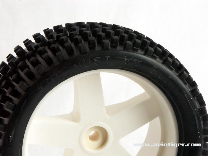 """Nouveau pneu SLD """"The MUST"""" - Page 2 41001110"""