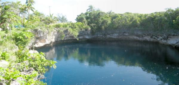 TROUS BLEUS & Cenotes  / Trou Marin / Trou Bleu / Blue Hole / Monde 11791110