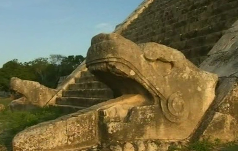 Mayas - Tikal Calakmul Palenque - Maya Yucatan Mexique - Page 2 El_cas12