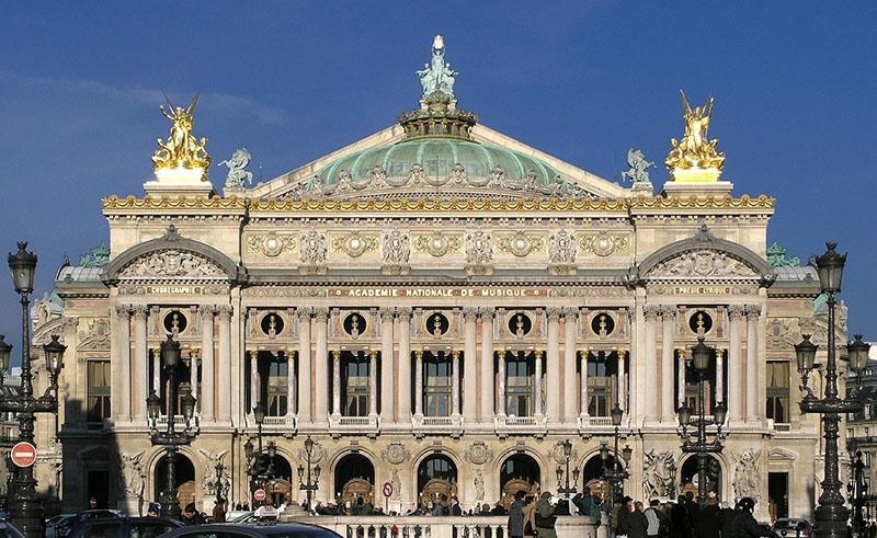LAC / OPERA GARNIER / PARIS /  FRANCE Palais10