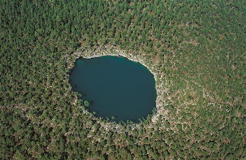 TROUS BLEUS & Cenotes  / Trou Marin / Trou Bleu / Blue Hole / Monde Prev610