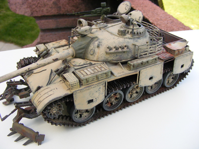 Type 69 II - Trumpeter 1/35 - Page 2 Lumiar20
