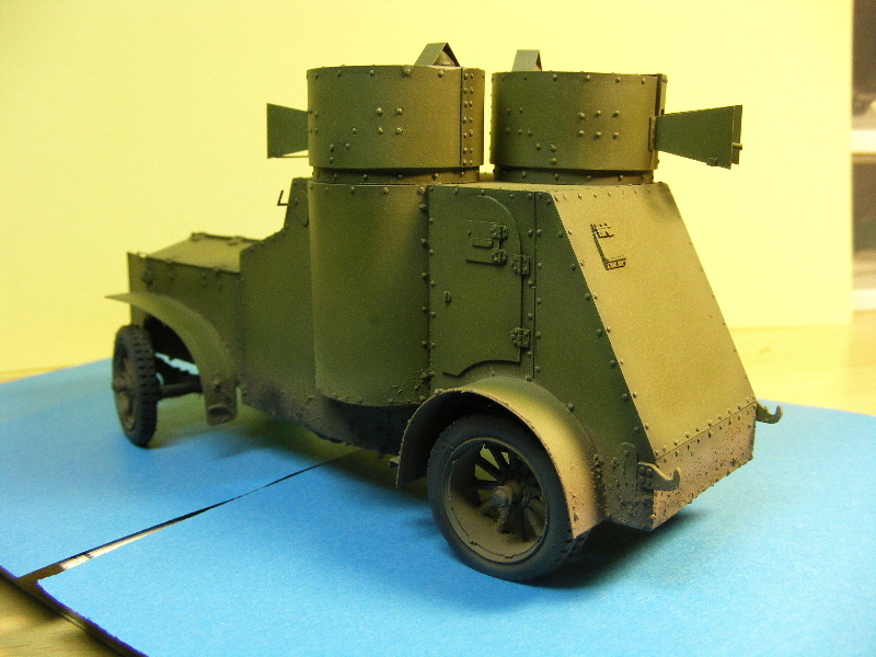 Armstrong-Whitworth- Fiat (Izorski) Russian armored Car WW I Peintu15