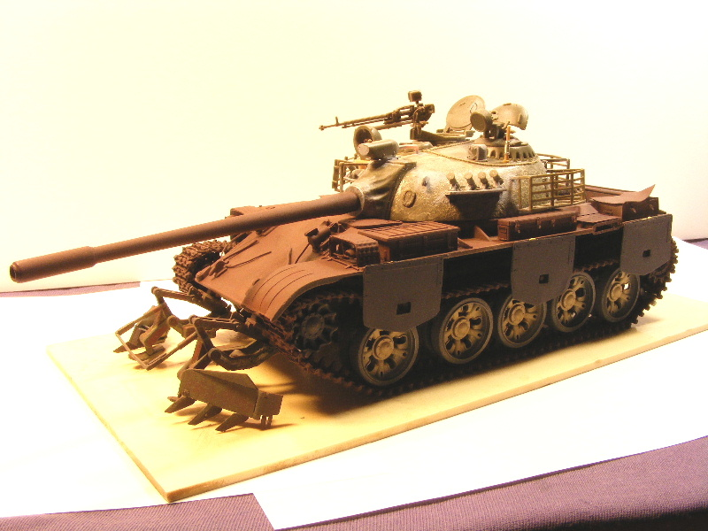 Type 69 II - Trumpeter 1/35 - Page 2 Termin33