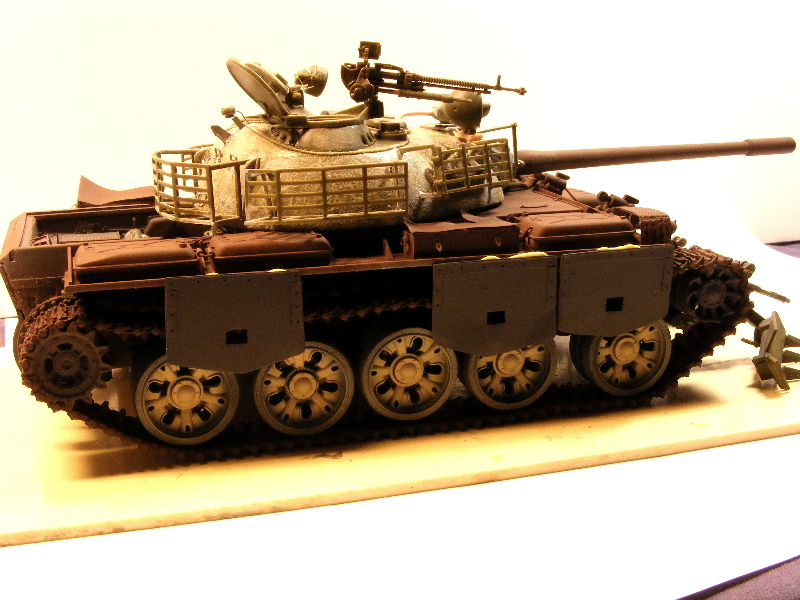 Type 69 II - Trumpeter 1/35 - Page 2 Termin35