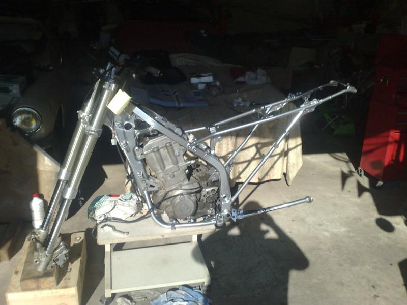 Restauration de mon KLX 650 R Supermotard !!! 24042011