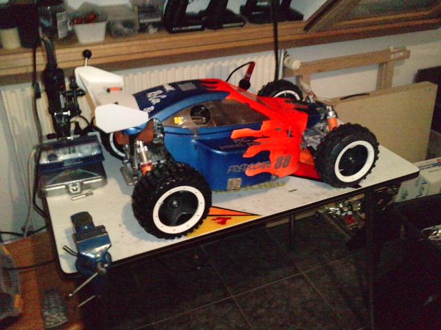 Mon HARM BX2 1/5 26cc... a rafraichir! ;-) P1511112