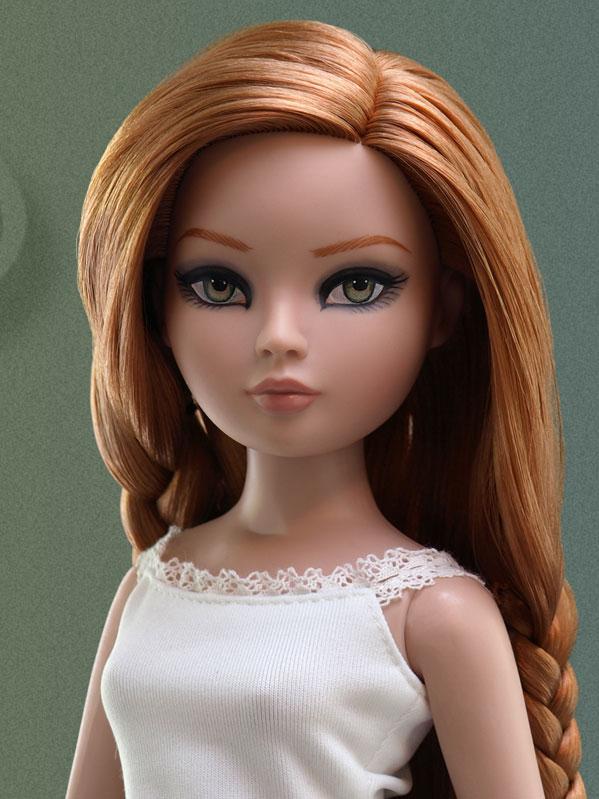 2011 - Essential Ellowyne Four Redhead 349_2_10