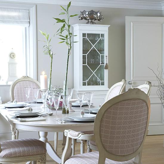 cuisine salon salle a manger de LOULOU à relooker Ch061110