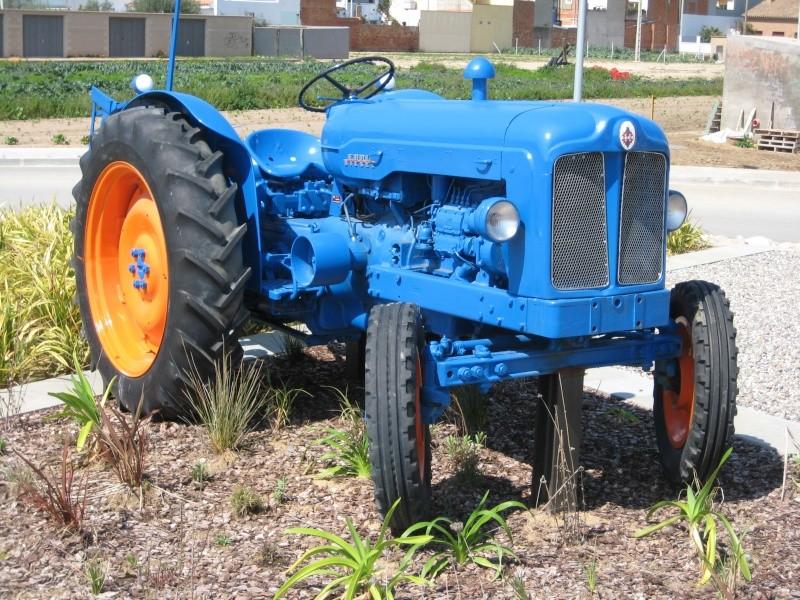 """""""Ebro Diesel"""": el primer tractor de Ebro. Img_4911"""