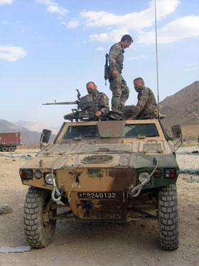 Un soldat français grièvement blessé dimanche 16 mai 2010 en Afghanistan Afghan11