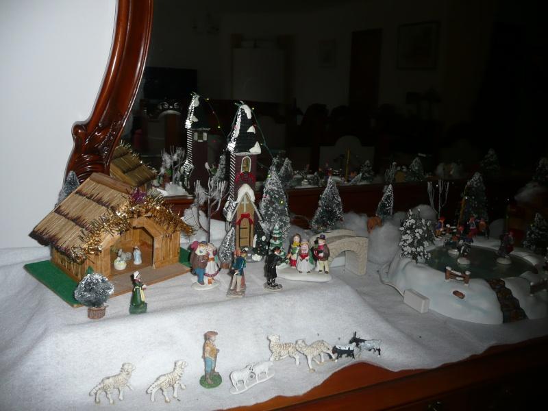 mon village de noel sur le buffet 2010_173