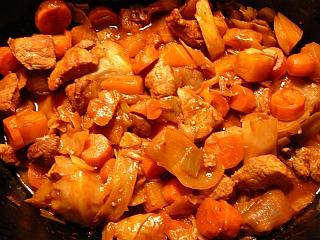 Porc à la soupe tomate dans la mijoteuse P1020814