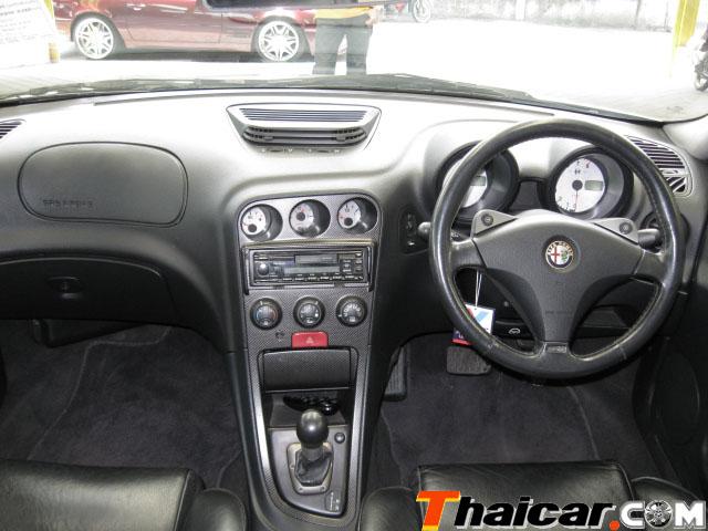 Maseratisti in Asia - Pagina 3 Alfa_110