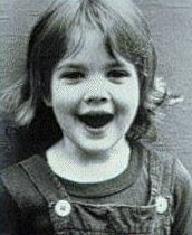 qui est cette enfant star - Page 15 Barrym10