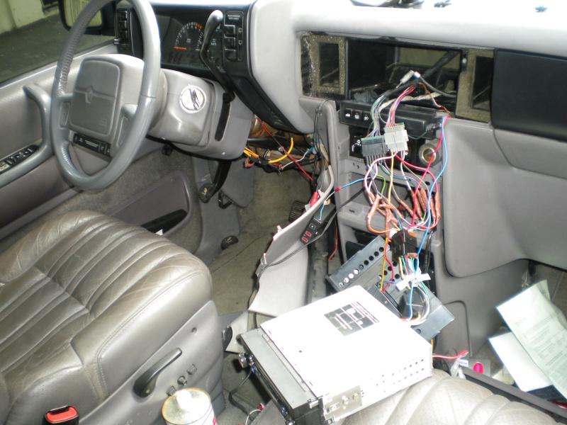 Comment brancher un autoradio sur Chrysler Voyager S2? Photo_29
