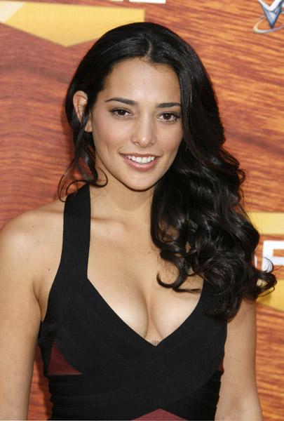 Natalie Martinez : Smokin hot cuban-american Natali10