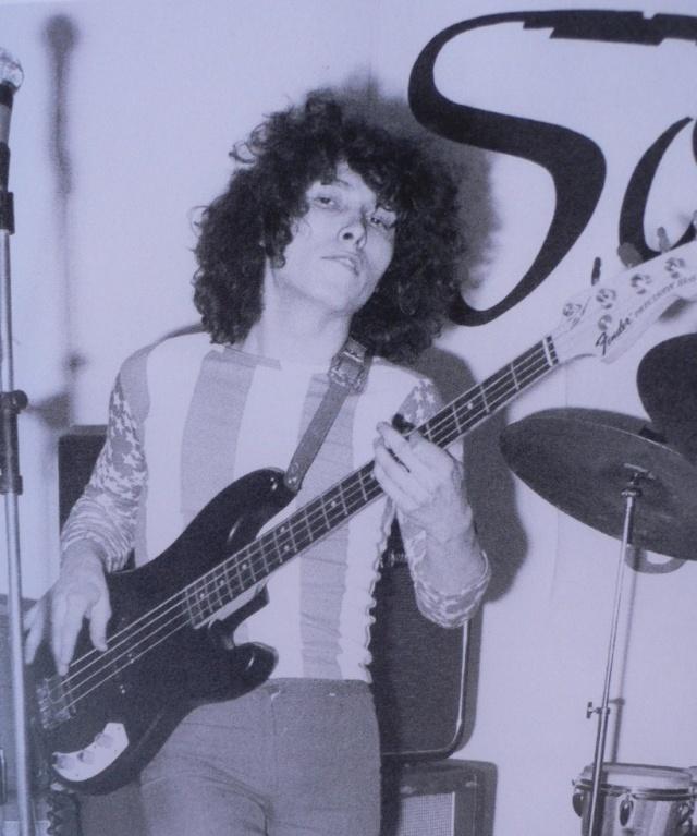 profession: bassiste C_le_p10