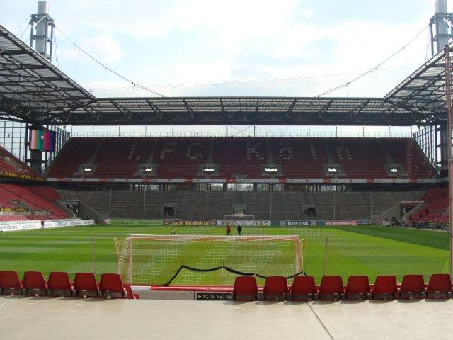 Foire aux Collectionneurs Olympiques - Cologne 2010 Dsc01914