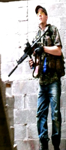 Tenue terroriste....LCS Image_15