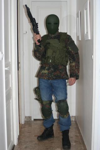 Tenue terroriste....LCS Img_5012