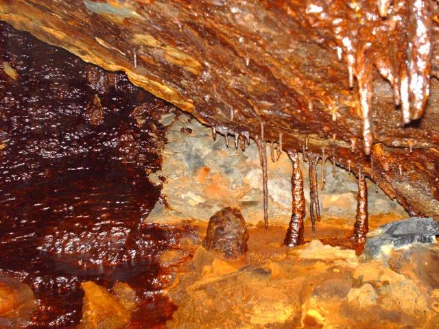Cae Coch Sulphur Mine Hpim0411