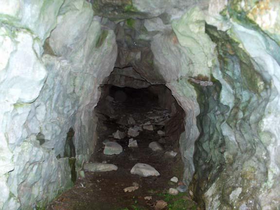 Lady Bagot's Cave (Rhewl) Hpim3216
