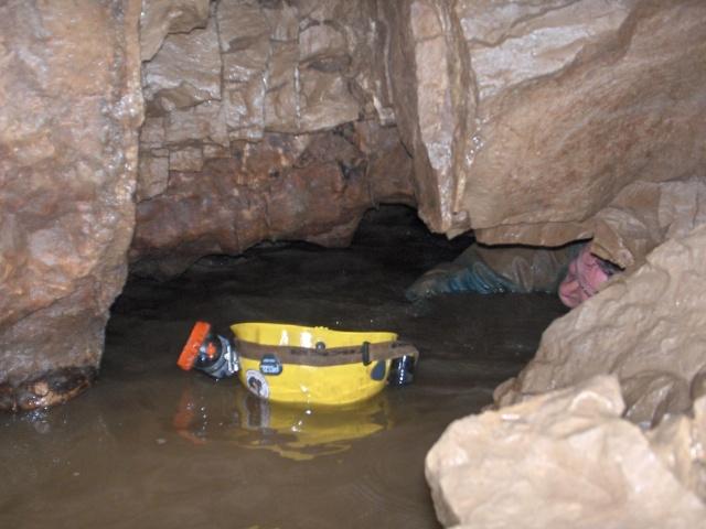 Ogof Hen Ffynnonau (Poachers Cave) Hpim4013