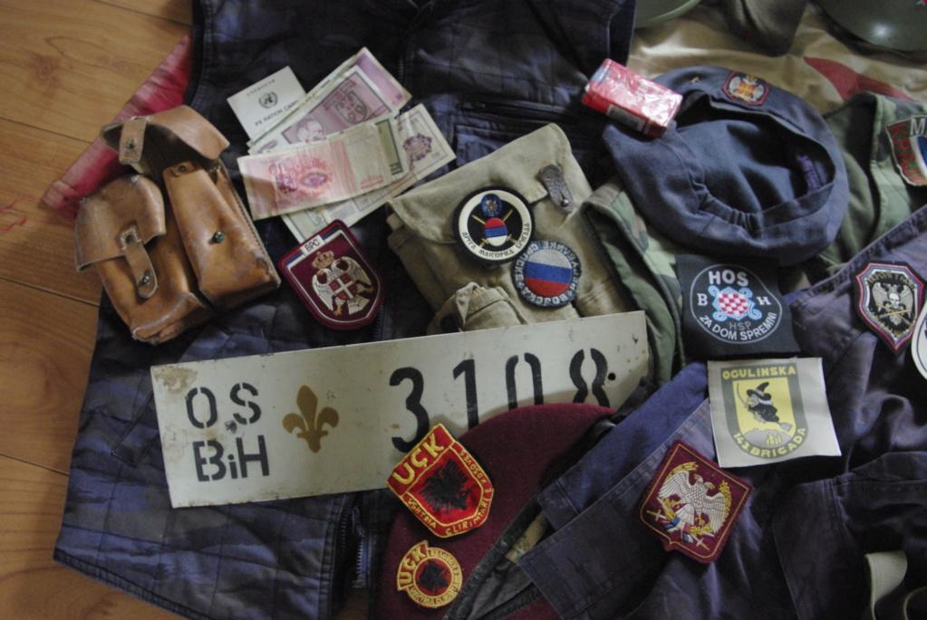 """""""Opération : étoffer"""" Tenue d'officier de l'uçk _igp0437"""