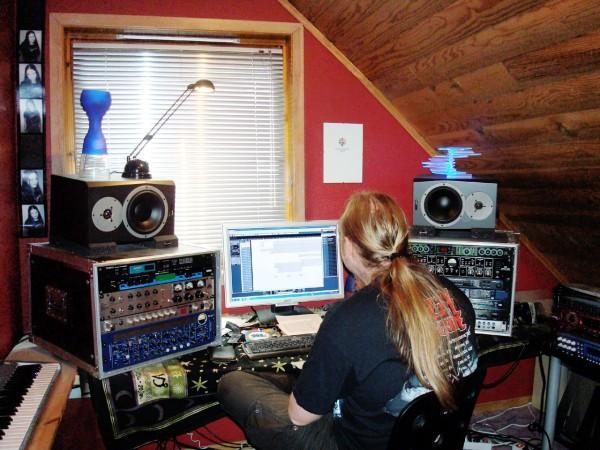 Recording in Studio Sireni22