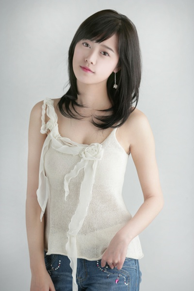 صور مجموعة من الممثلين والممثلات الكوريين والكوريات جديدة 2014 Eab5ac10