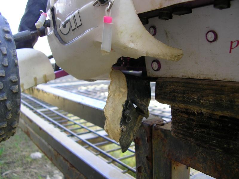 Reparación de bajos Sany0132
