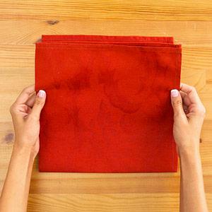 Gấp khăn ăn đẹp cho bàn tiệc Ss_10110
