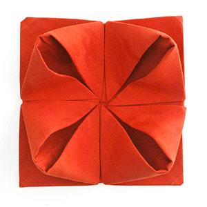Gấp khăn ăn đẹp cho bàn tiệc Ss_10121