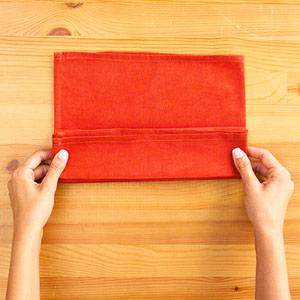Gấp khăn ăn đẹp cho bàn tiệc Ss_10130