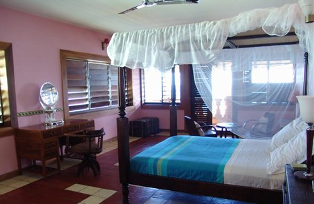 Avez-vous des idées pour ma chambre sur le thème du voyage ?(photo page 3) D3805i10