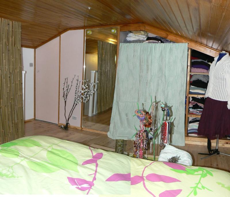 Une chambre mansardée comme un jardin (photo p.1 et 7) Mur_dr10