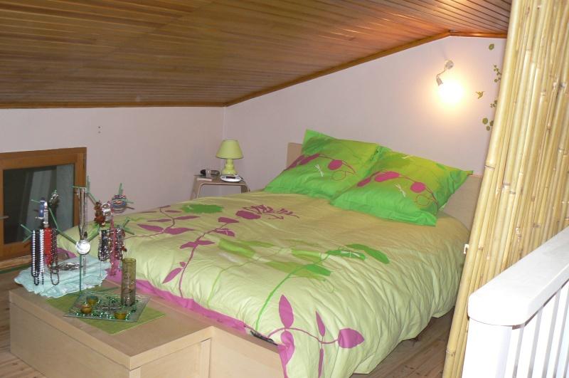 Une chambre mansardée comme un jardin (photo p.1 et 7) Mur_fe10
