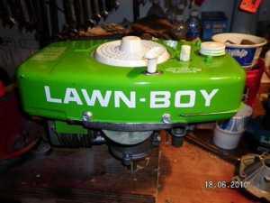 New antique Lawnboy brick engine Bwbp3m10