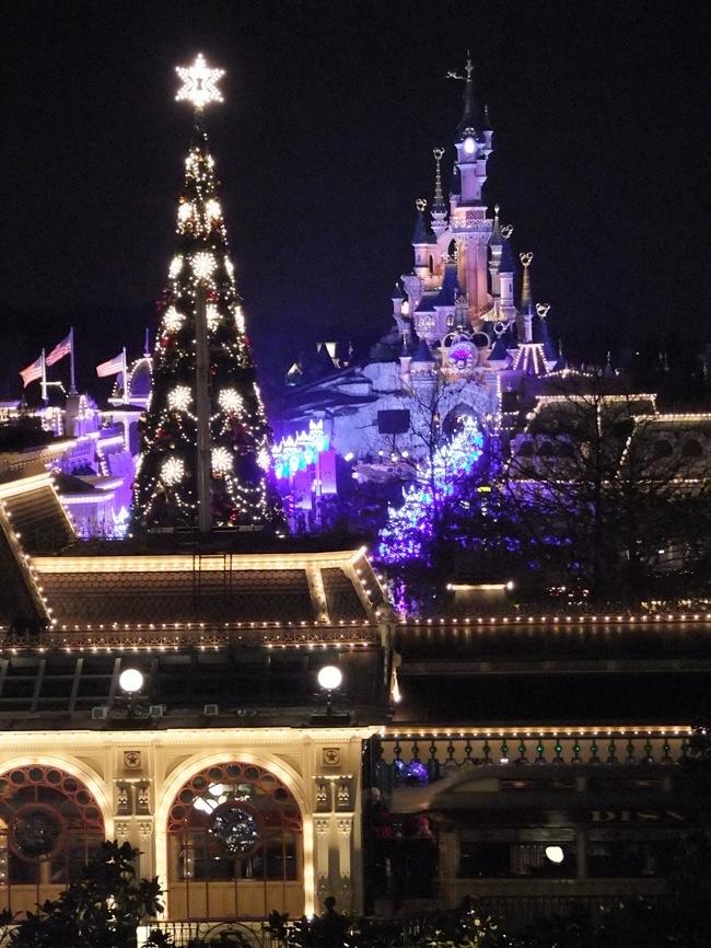 IL FOUNDER'S CLUB [Disneyland Hotel] Dscf0811
