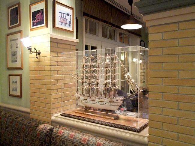 Disneyland Hotel :: Inventions - Pagina 5 Dscf0916