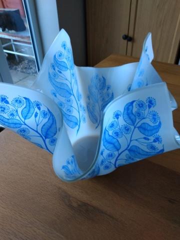 Scarce Chance Glass Handkerchief Vase Img_2062