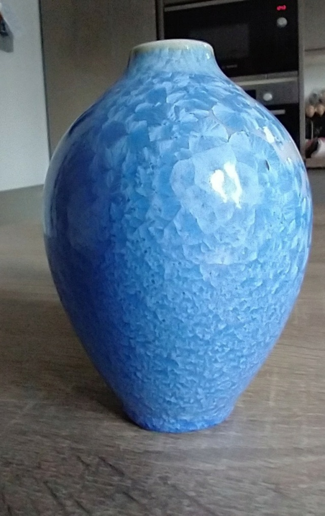 Small blue crystalline glaze vase - Maurice Young Img_2214