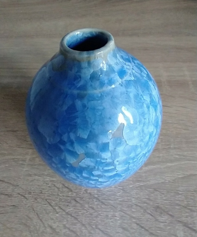Small blue crystalline glaze vase - Maurice Young Img_2216
